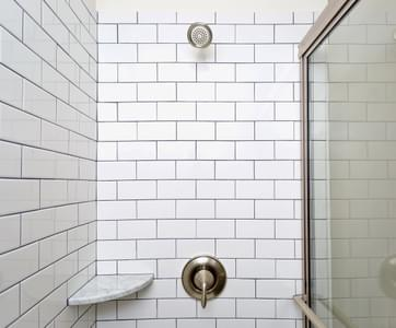 Madison Owner's Bath.