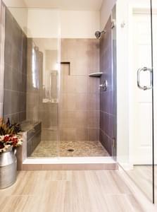 Breckenridge Grande Owner's Bath. Breckenridge Grande New Home in Easton, PA