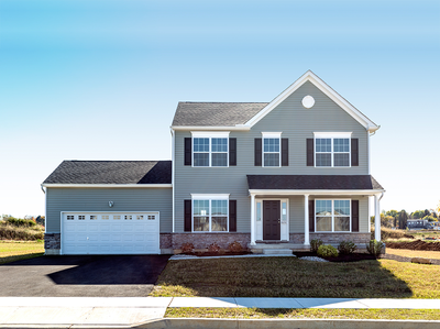 Chapman Country Exterior. 4br New Home in Schnecksville, PA