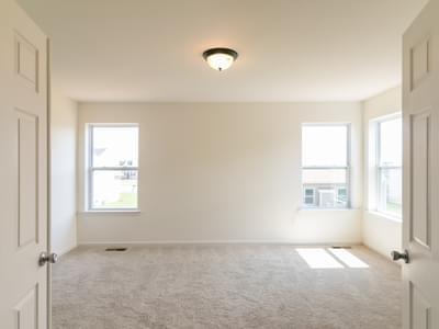 Chapman Owner's Suite. 4br New Home in Schnecksville, PA