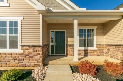 Folino Craftsman Exterior. 3br New Home in Schnecksville, PA