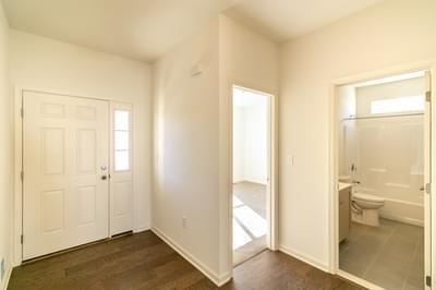 Folino Foyer. 2,134sf New Home in Schnecksville, PA