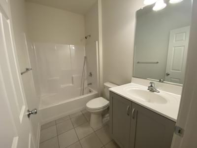 Reserve Inglewood II Hall Bath. 3br New Home in Drums, PA