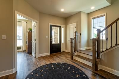 Vinecrest Foyer. 4br New Home in Easton, PA