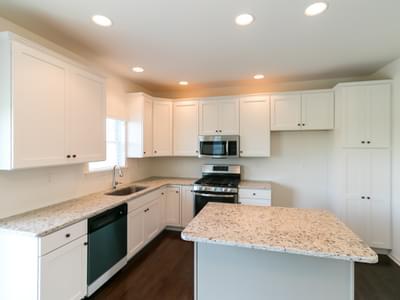 Madison Kitchen. 4br New Home in Schnecksville, PA