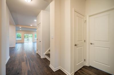 Franklyn Foyer. New Home in Schnecksville, PA