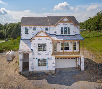 RP-1 Exterior. 4br New Home in Schnecksville, PA